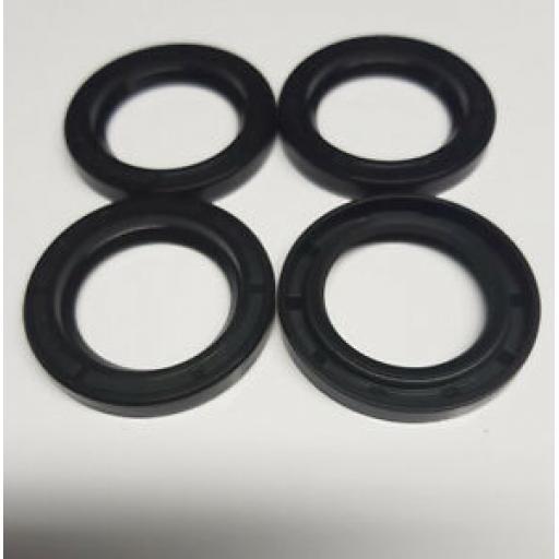 John-Deere-Replacement-Oil-Seal-ET15755-Set-Of-Four