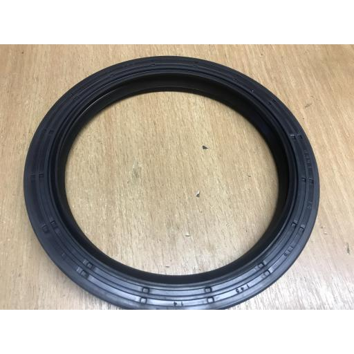 TC115X145X14 Nitrile Rubber Oil Seal With Wiper Lip